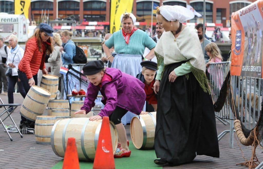 Ook dit jaar geen traditionele Vlaggetjesdag aan de Scheveningse haven